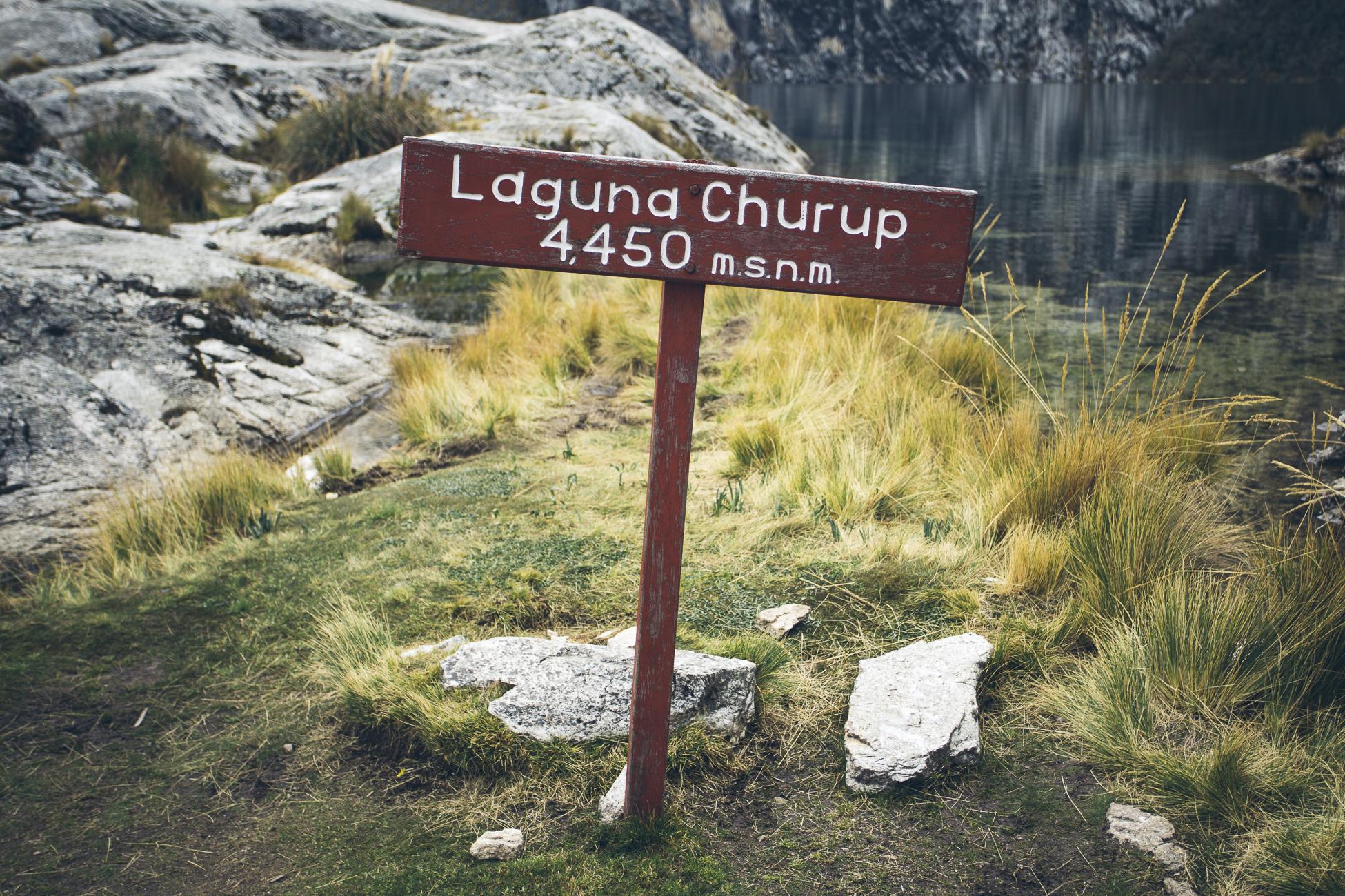 desktoglory_laguna_churup-1c