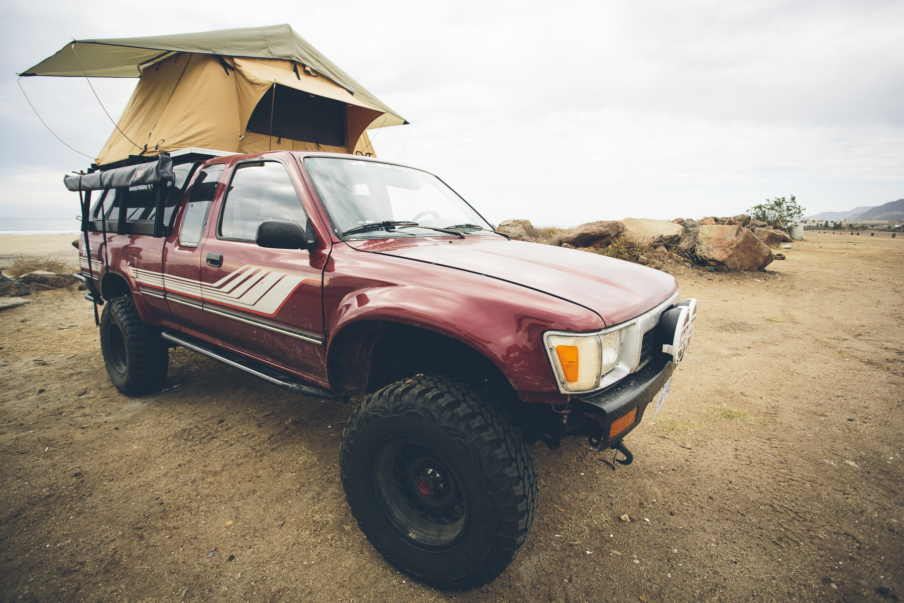 Baja MX 140116_DeskToGlory_CascadiaTents-3 & Desk to Glory | CASCADIA VEHICLE TENTS - About our CVT RTT