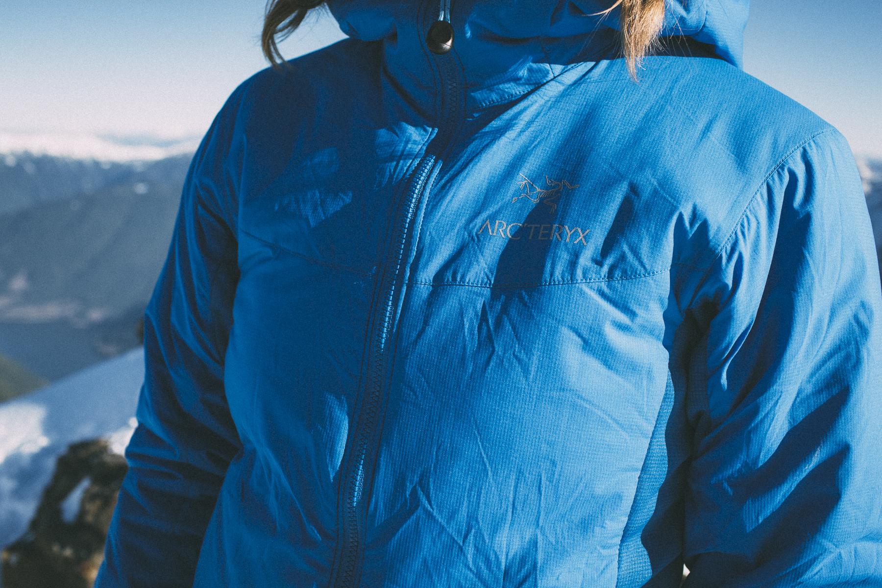 close-up of women's blue Arcteryx Atom LT Hoodie jacket south america gear list