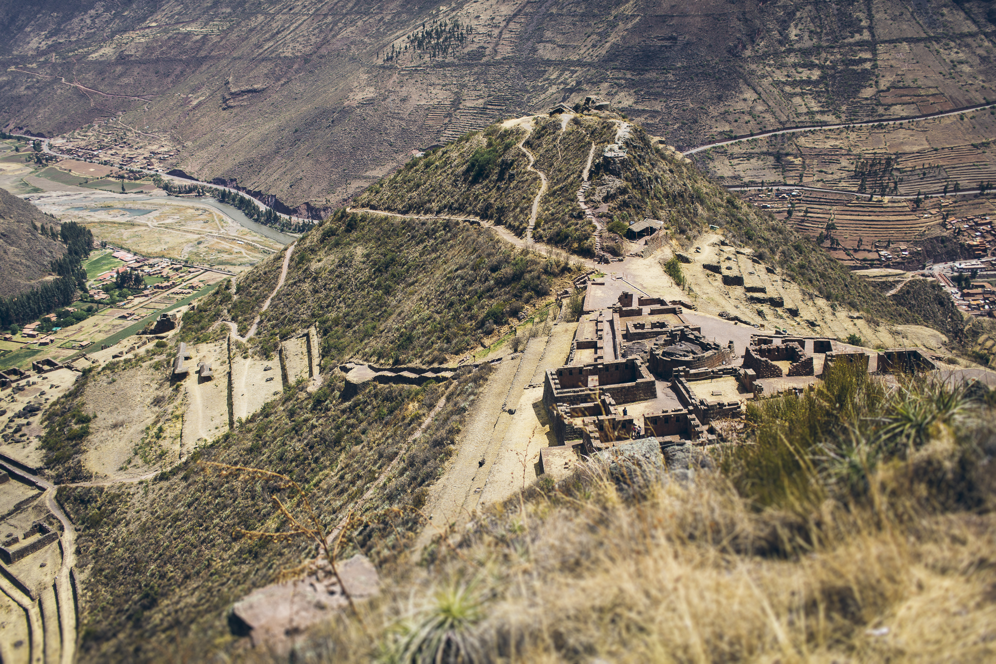 desktoglory_sacred_valley-1