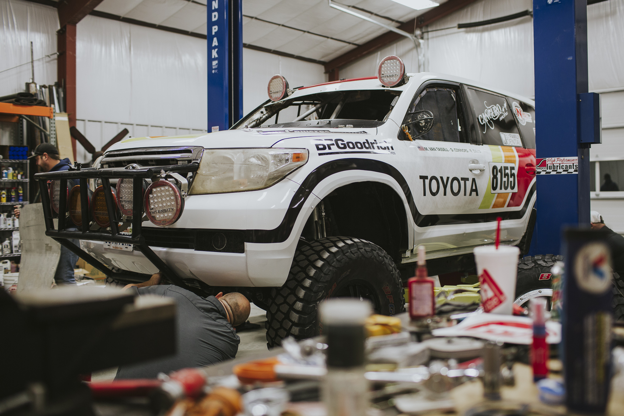 Canguro Racing Toyota Landcruiser getting work done in shop